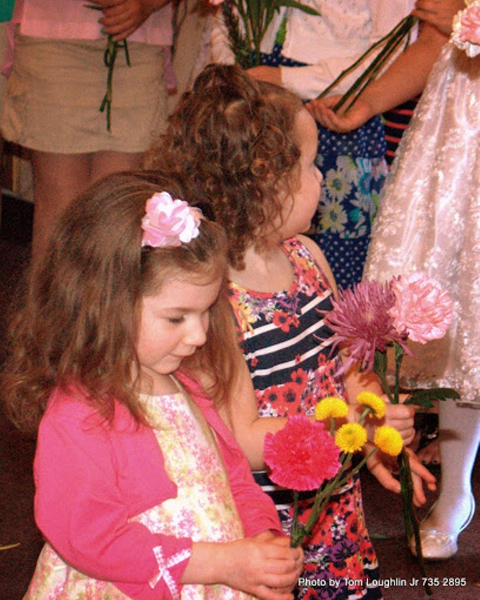 may-crowning-2-2014-08