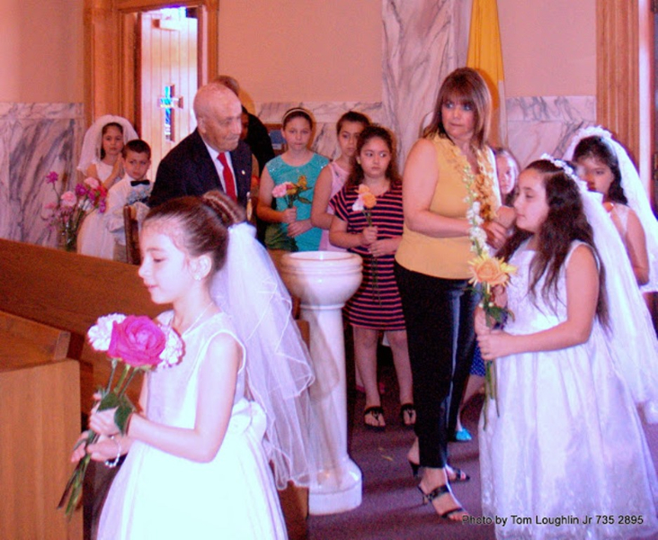may-crowning-2-2014-11